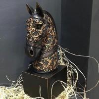 At Başı Tasarımlı - İşlemeli Heykel